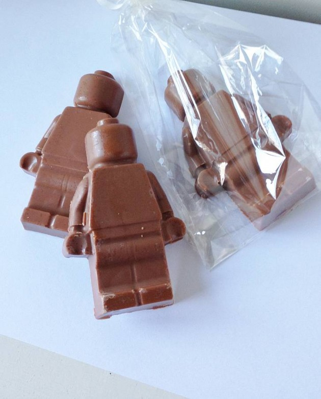 original_large-chocolate-figure