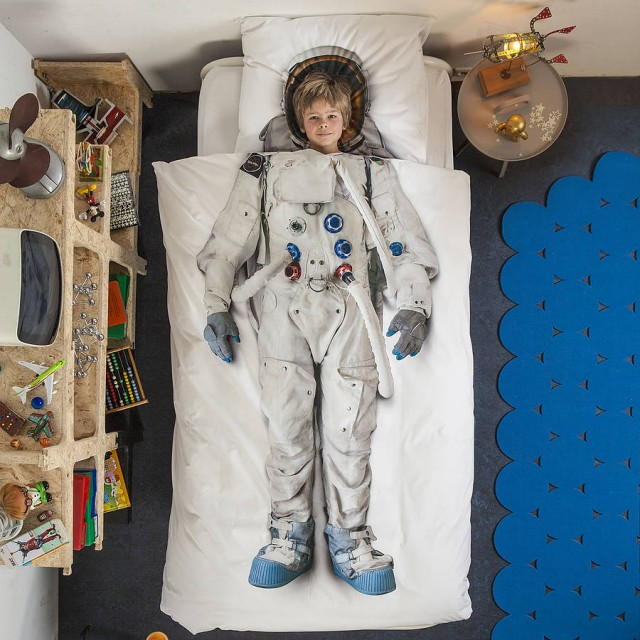 original_astronaut-single-bed-set