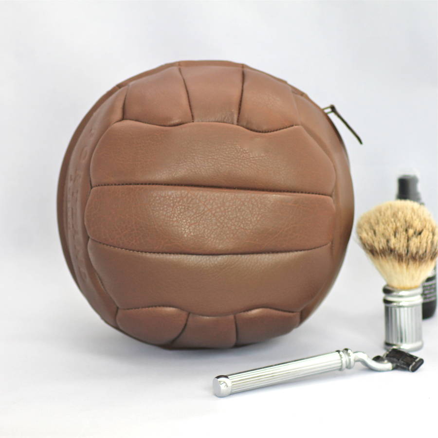 original_leather-football-wash-bag