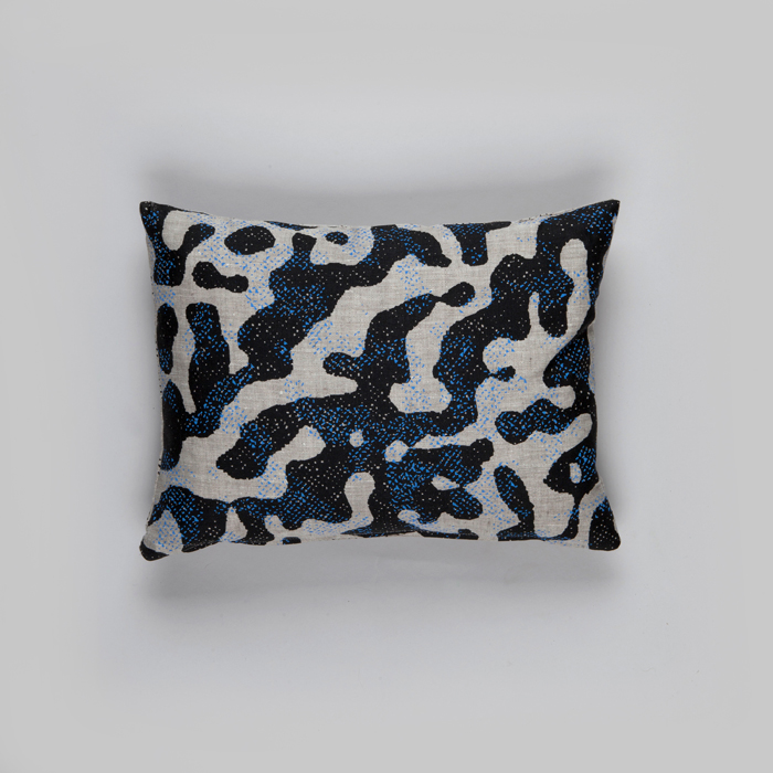 cushion-salamander-small-natural
