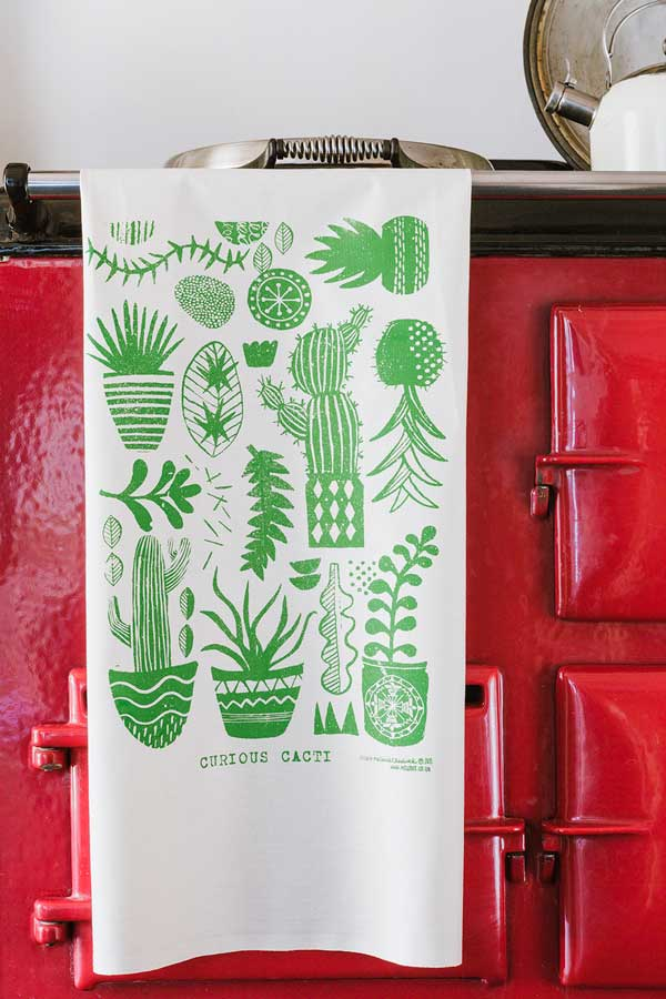 Teatowels_cacti_kitchen_detail