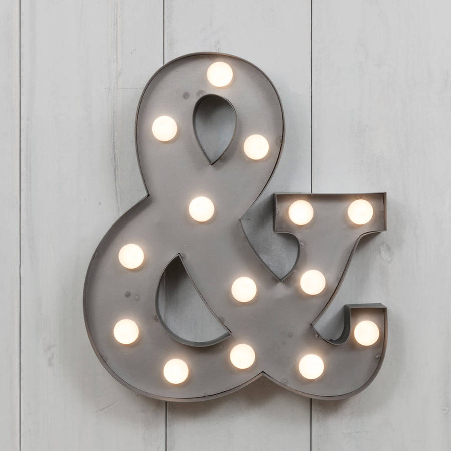 original_vegas-metal-led-circus-letter-light-m