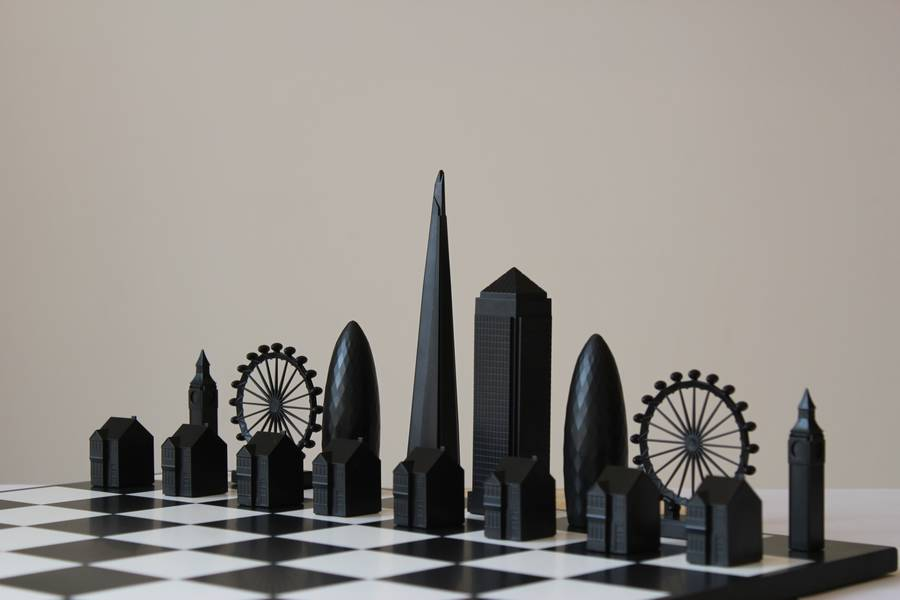 original_london-skyline-architectural-chess-set-1
