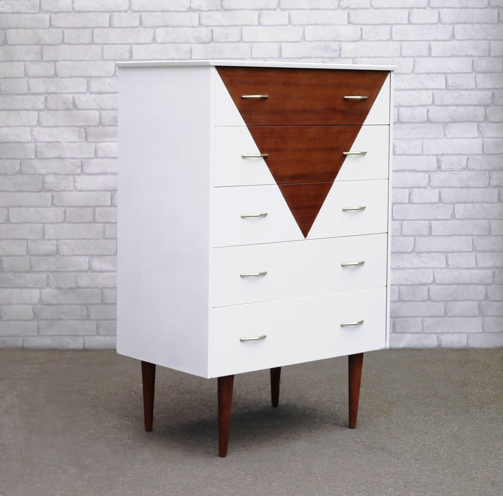 Elizabeth Dot Design - Mid Century Teak Chest of Drawers